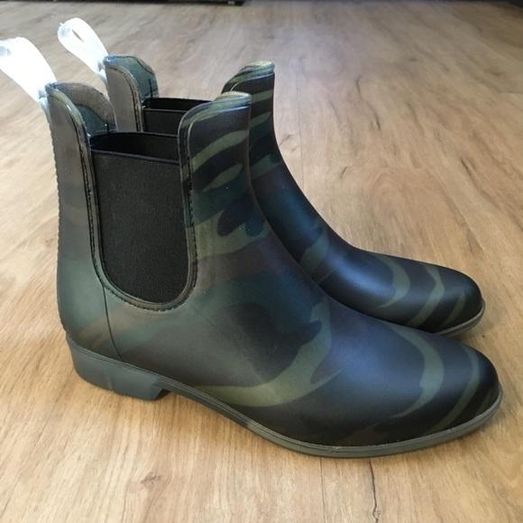 e519cc9547b05 J. Crew Shoes | J Crew Camo Chelsea Rain Boots 8 | Poshmark